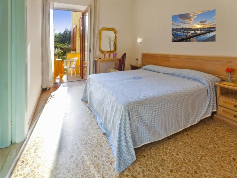 Camere hotel cleopatra ischia - Camera matrimoniale romantica ...